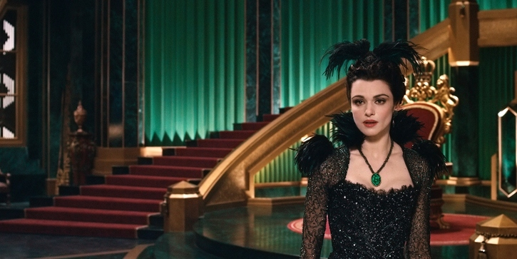 """OZ: THE GREAT AND POWERFUL"" Rachel Weisz ©Disney Enterprises, Inc. All Rights Reserved."