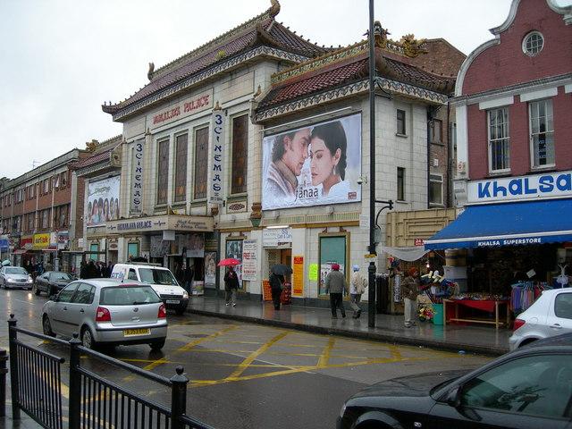 Himalaya_Palace_Cinema,_Southall_-_geograph.org.uk_-_173961